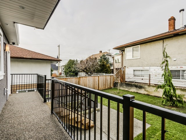 Half-duplex at 677 E 59TH AVENUE, Vancouver East, British Columbia. Image 13