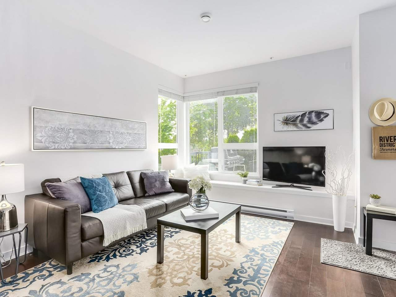 Townhouse at 8428 GLADSTONE STREET, Vancouver East, British Columbia. Image 2