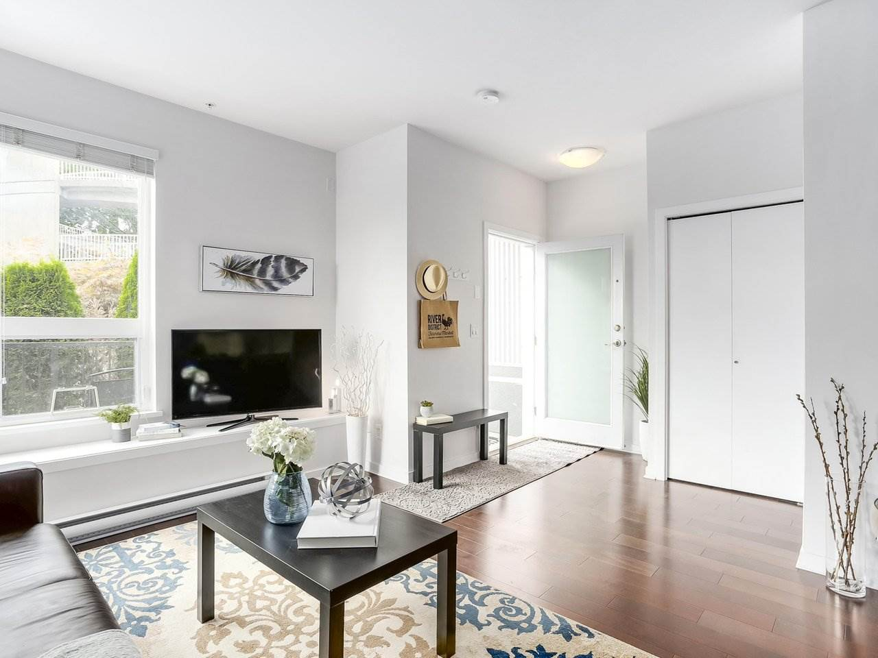 Townhouse at 8428 GLADSTONE STREET, Vancouver East, British Columbia. Image 3