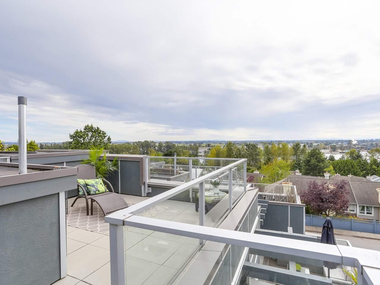 Townhouse at 8428 GLADSTONE STREET, Vancouver East, British Columbia. Image 18