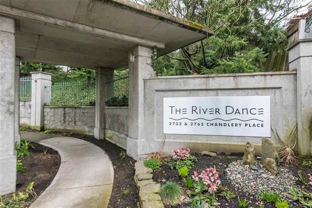 Condo Apartment at 701 2733 CHANDLERY PLACE, Unit 701, Vancouver East, British Columbia. Image 2