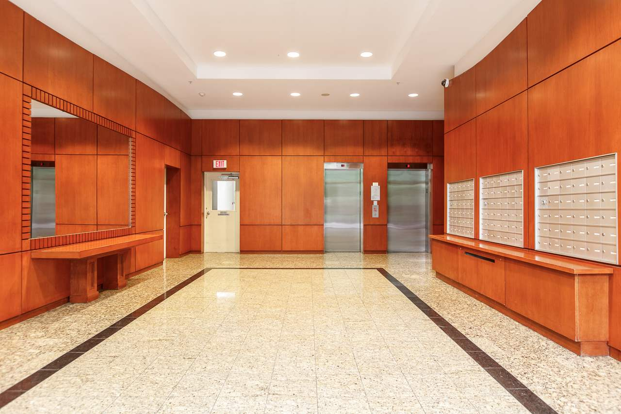 Condo Apartment at 701 2733 CHANDLERY PLACE, Unit 701, Vancouver East, British Columbia. Image 4