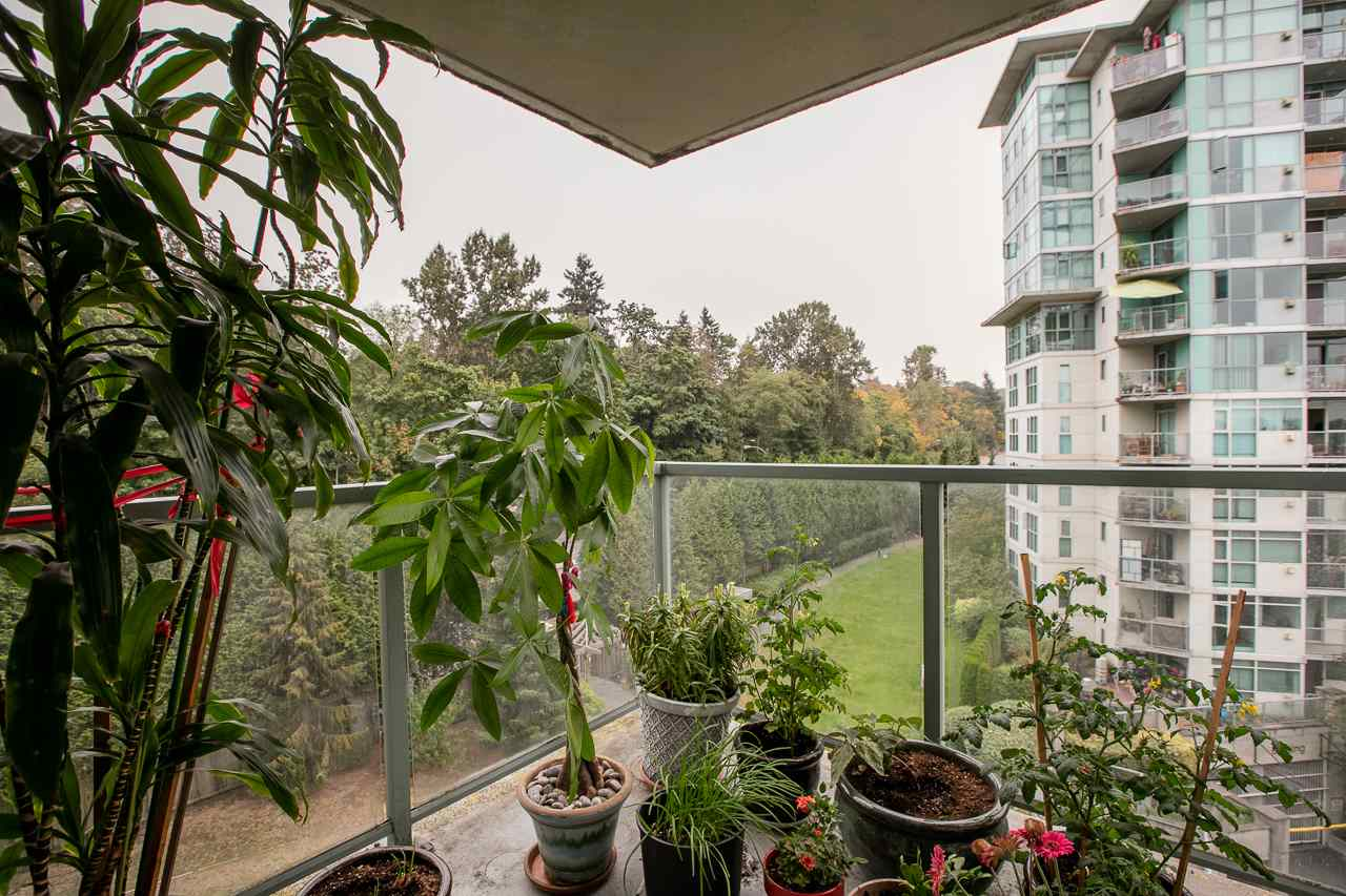 Condo Apartment at 701 2733 CHANDLERY PLACE, Unit 701, Vancouver East, British Columbia. Image 12