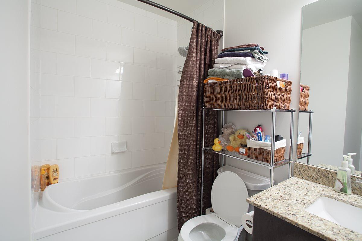 Condo Apartment at 408 240 FRANCIS WAY, Unit 408, New Westminster, British Columbia. Image 7