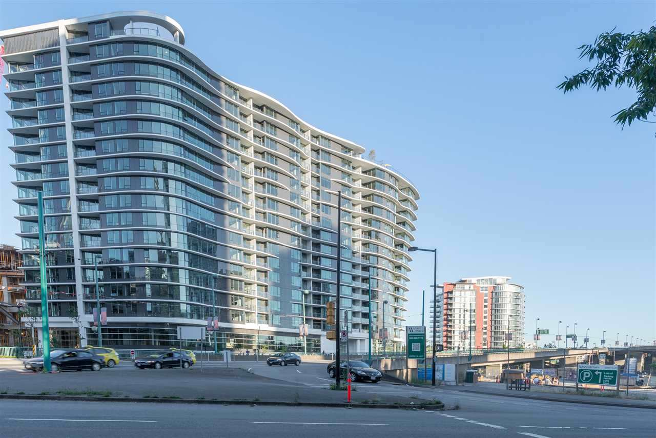 Condo Apartment at 2051 38 SMITHE STREET, Unit 2051, Vancouver West, British Columbia. Image 1