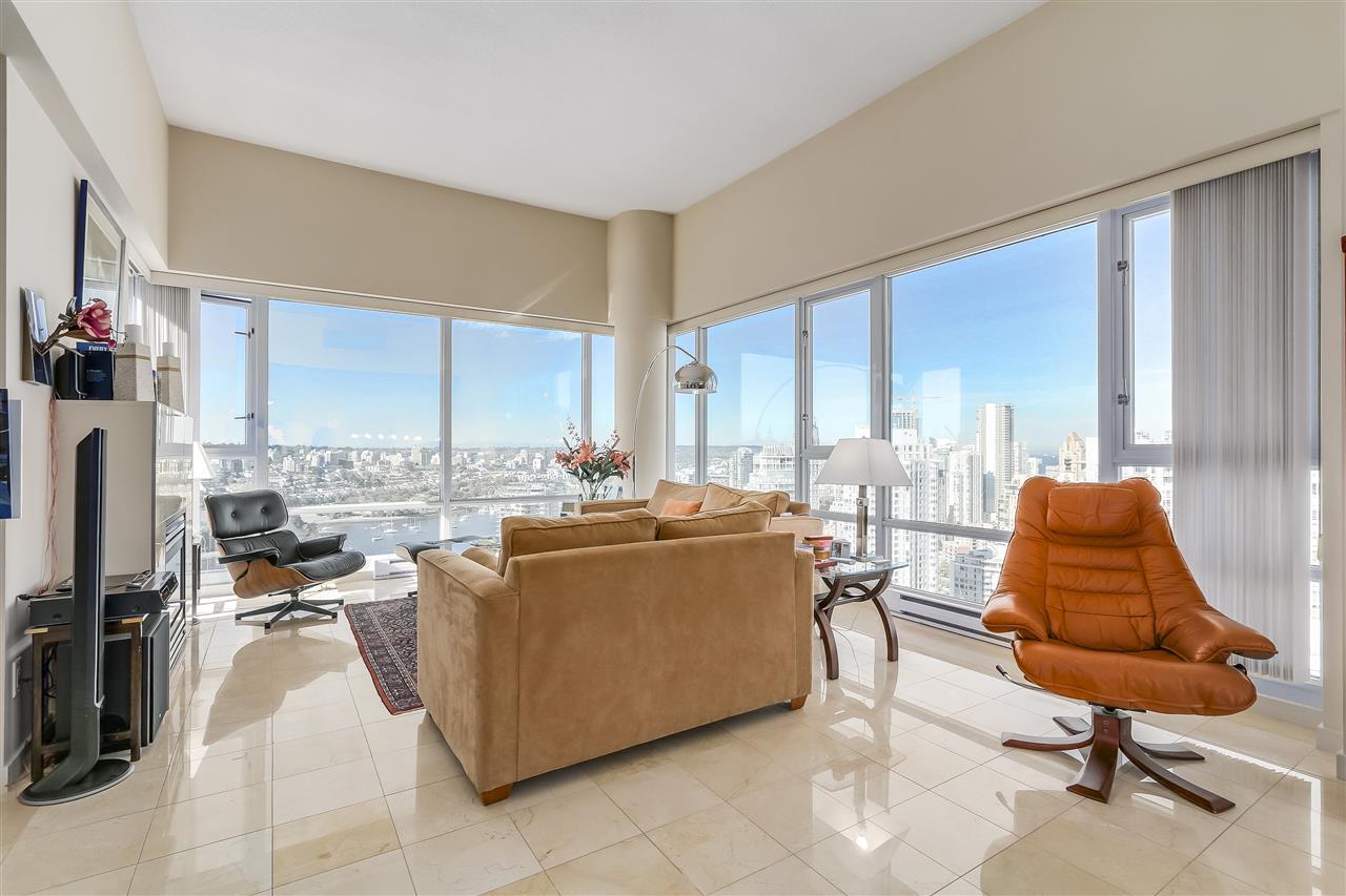 Condo Apartment at 3905 1033 MARINASIDE CRESCENT, Unit 3905, Vancouver West, British Columbia. Image 5