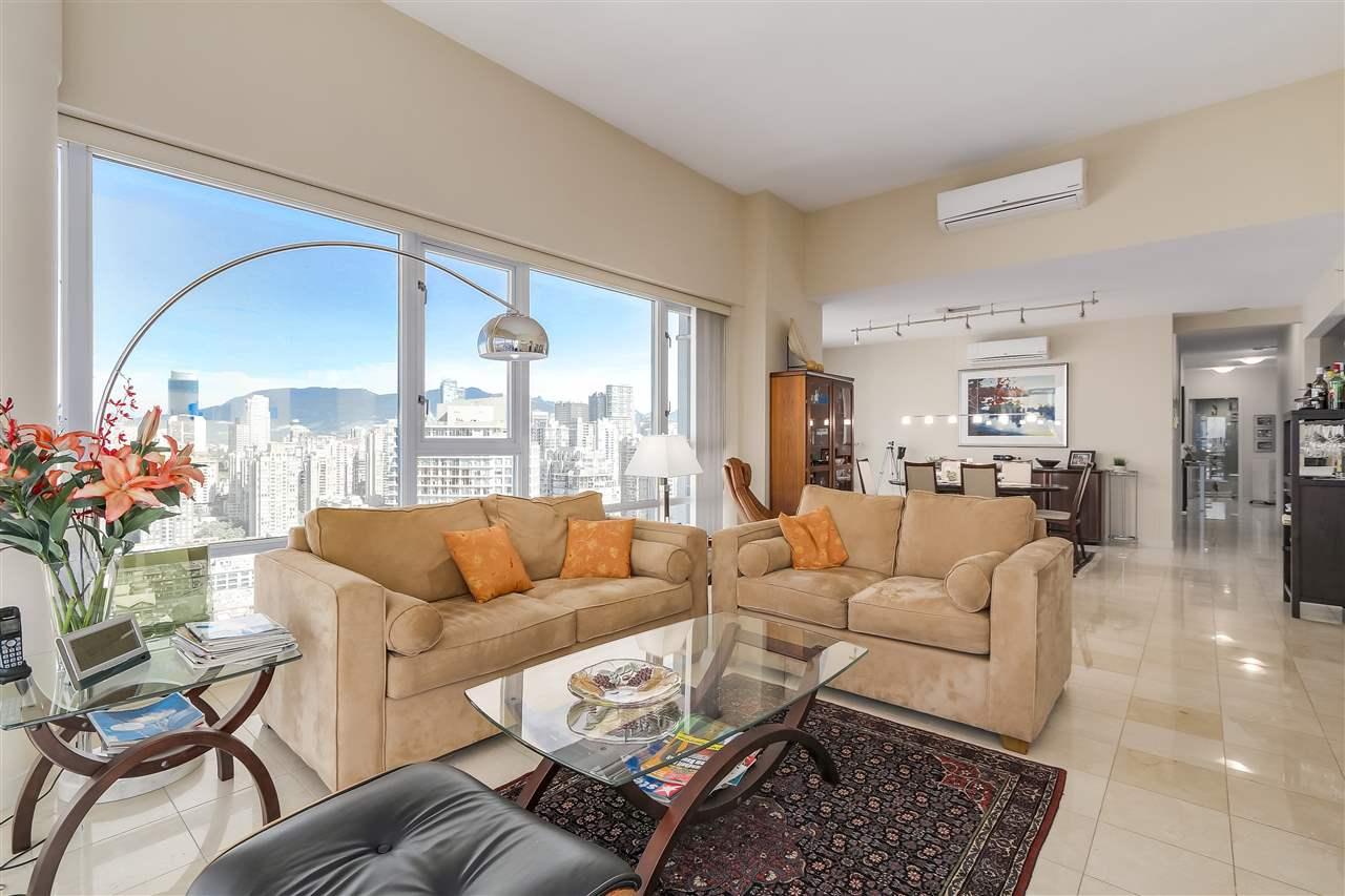 Condo Apartment at 3905 1033 MARINASIDE CRESCENT, Unit 3905, Vancouver West, British Columbia. Image 7