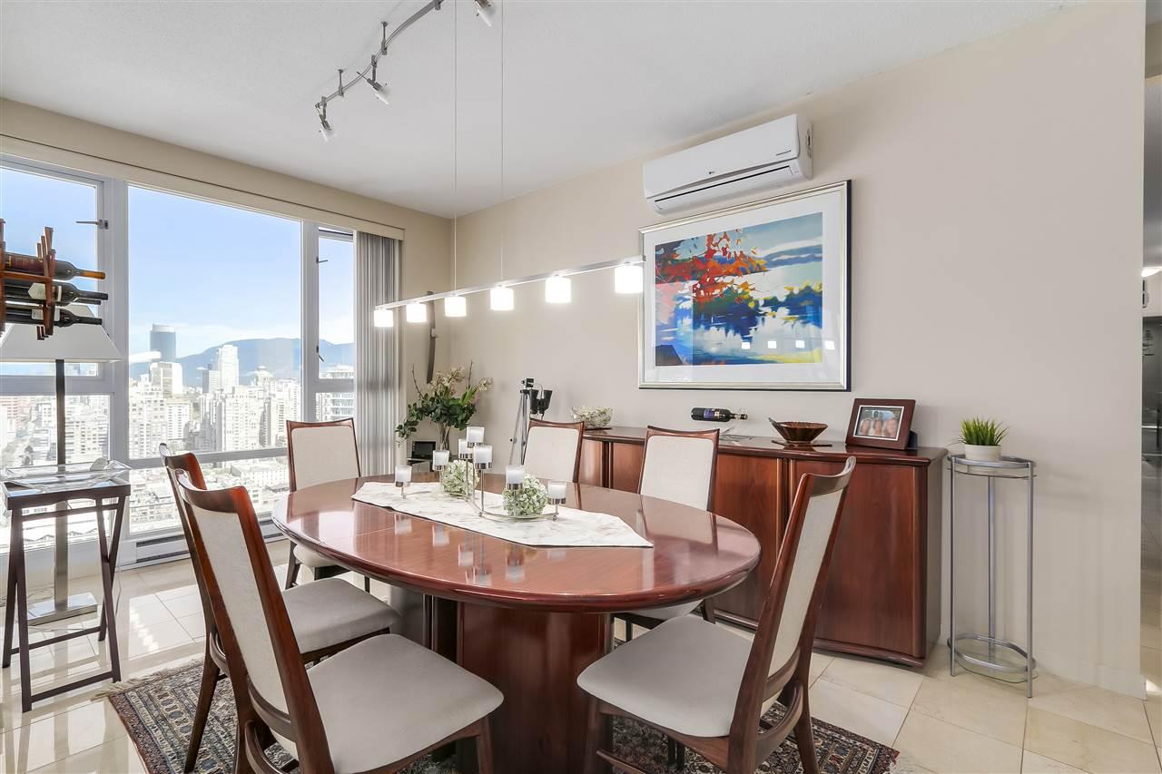 Condo Apartment at 3905 1033 MARINASIDE CRESCENT, Unit 3905, Vancouver West, British Columbia. Image 8