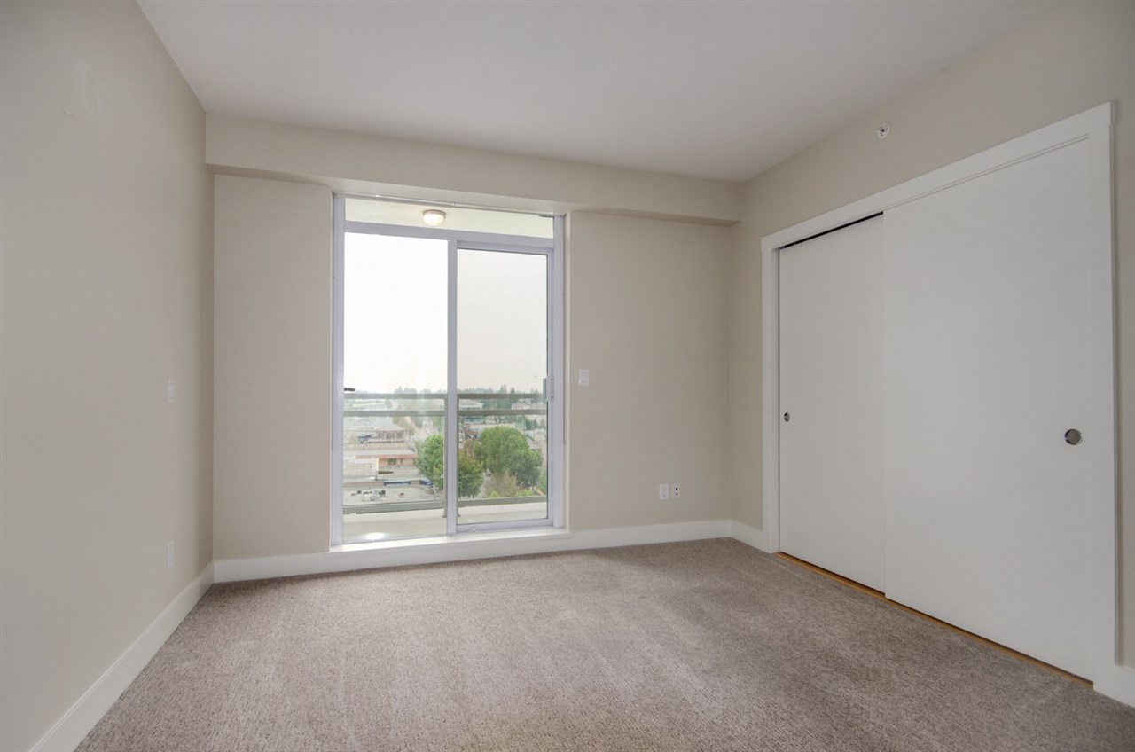Condo Apartment at 1006 1473 JOHNSTON ROAD, Unit 1006, South Surrey White Rock, British Columbia. Image 11