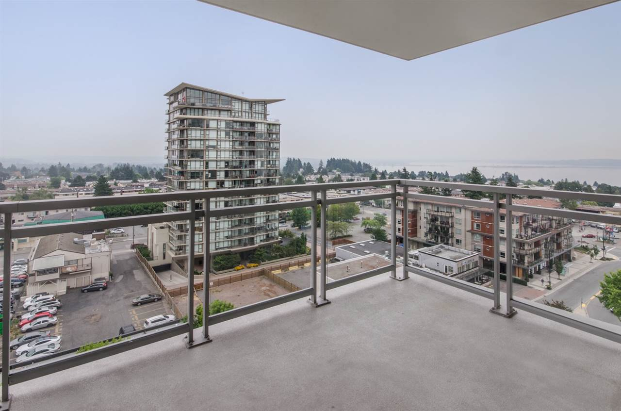 Condo Apartment at 1006 1473 JOHNSTON ROAD, Unit 1006, South Surrey White Rock, British Columbia. Image 18