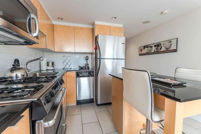 Condo Apartment at 1804 989 BEATTY STREET, Unit 1804, Vancouver West, British Columbia. Image 6