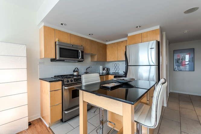Condo Apartment at 1804 989 BEATTY STREET, Unit 1804, Vancouver West, British Columbia. Image 7