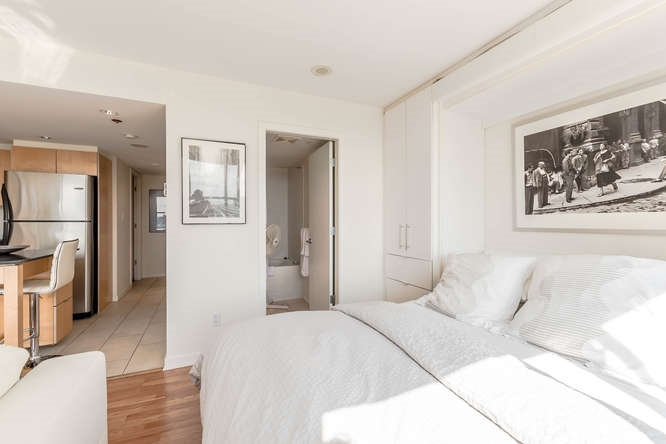 Condo Apartment at 1804 989 BEATTY STREET, Unit 1804, Vancouver West, British Columbia. Image 10