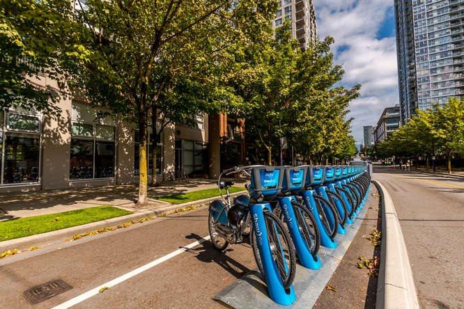 Condo Apartment at 1804 989 BEATTY STREET, Unit 1804, Vancouver West, British Columbia. Image 16