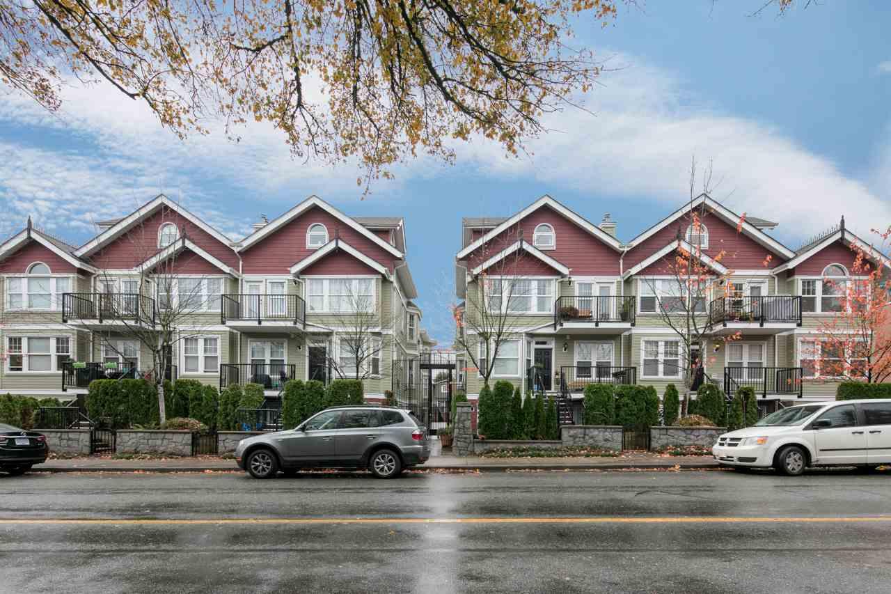 Condo Apartment at 315 962 W 16TH AVENUE, Unit 315, Vancouver West, British Columbia. Image 2