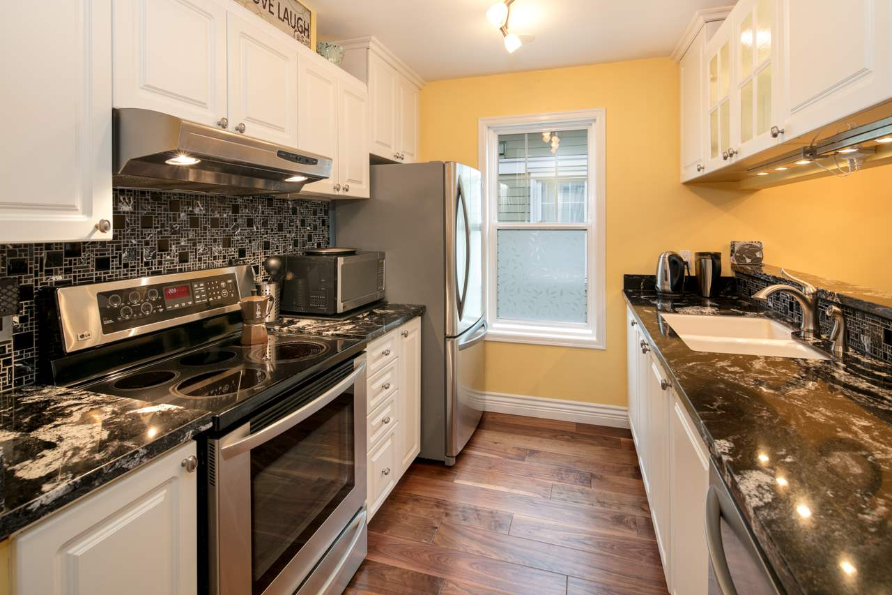 Condo Apartment at 315 962 W 16TH AVENUE, Unit 315, Vancouver West, British Columbia. Image 7