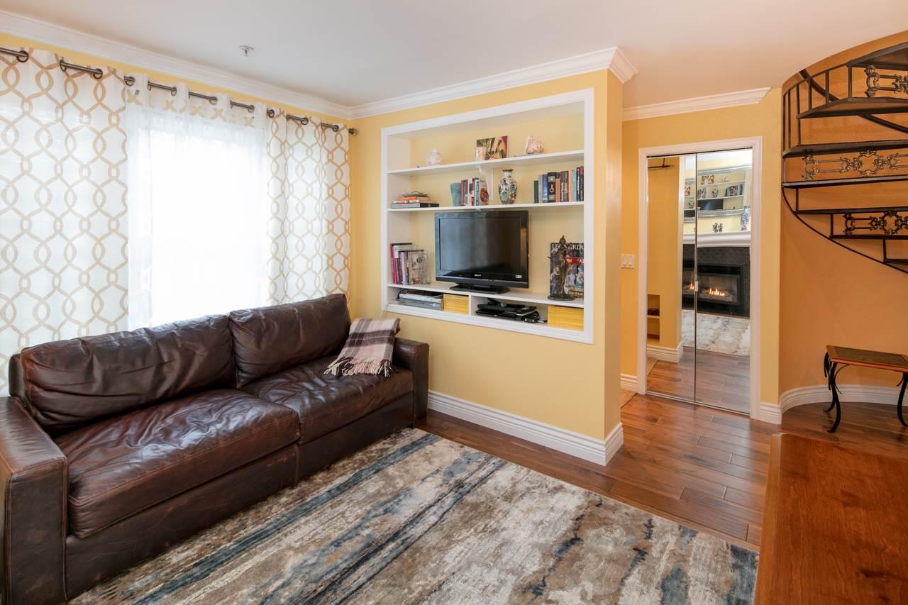 Condo Apartment at 315 962 W 16TH AVENUE, Unit 315, Vancouver West, British Columbia. Image 9