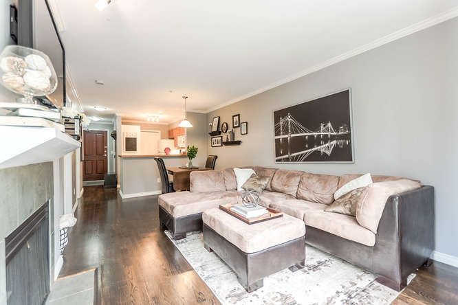 Condo Apartment at 307 2575 W 4TH AVENUE, Unit 307, Vancouver West, British Columbia. Image 10