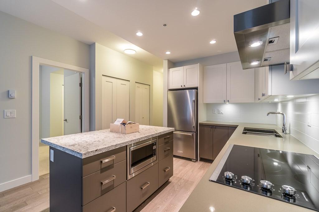 Condo Apartment at 409 3399 NOEL DRIVE, Unit 409, Burnaby North, British Columbia. Image 5
