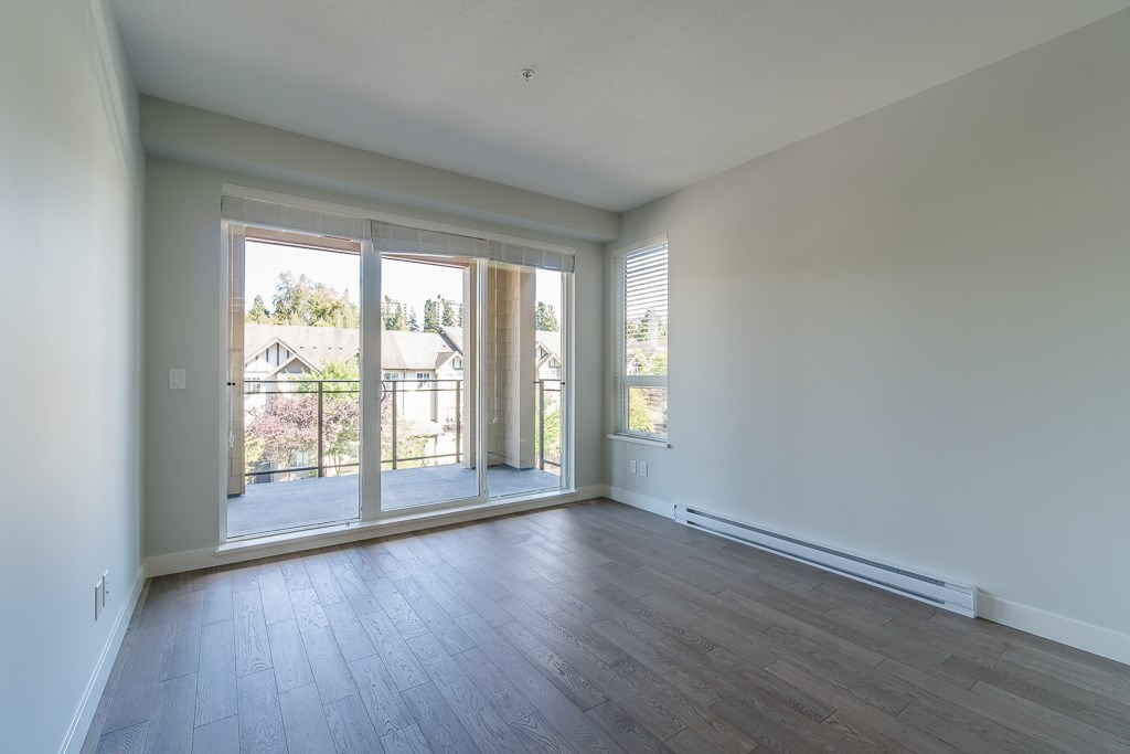 Condo Apartment at 409 3399 NOEL DRIVE, Unit 409, Burnaby North, British Columbia. Image 7