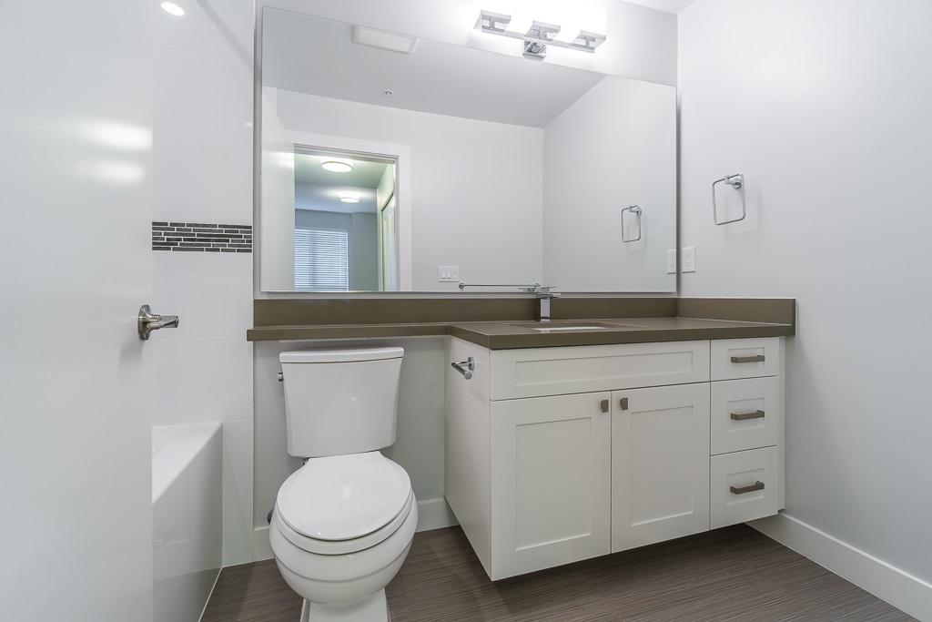 Condo Apartment at 409 3399 NOEL DRIVE, Unit 409, Burnaby North, British Columbia. Image 14