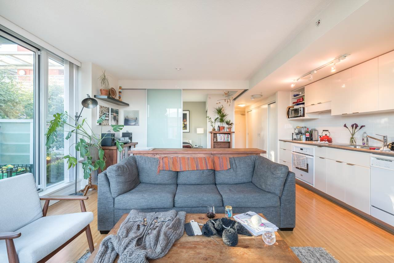 Condo Apartment at 808 168 POWELL STREET, Unit 808, Vancouver East, British Columbia. Image 10