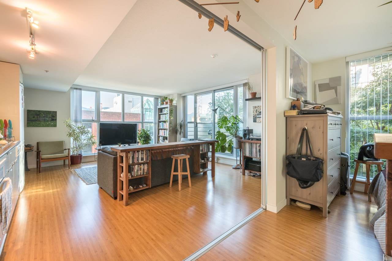 Condo Apartment at 808 168 POWELL STREET, Unit 808, Vancouver East, British Columbia. Image 13