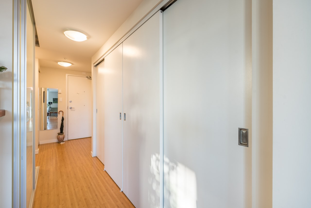 Condo Apartment at 808 168 POWELL STREET, Unit 808, Vancouver East, British Columbia. Image 16