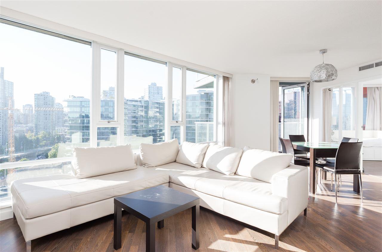 Condo Apartment at 1807 918 COOPERAGE WAY, Unit 1807, Vancouver West, British Columbia. Image 3