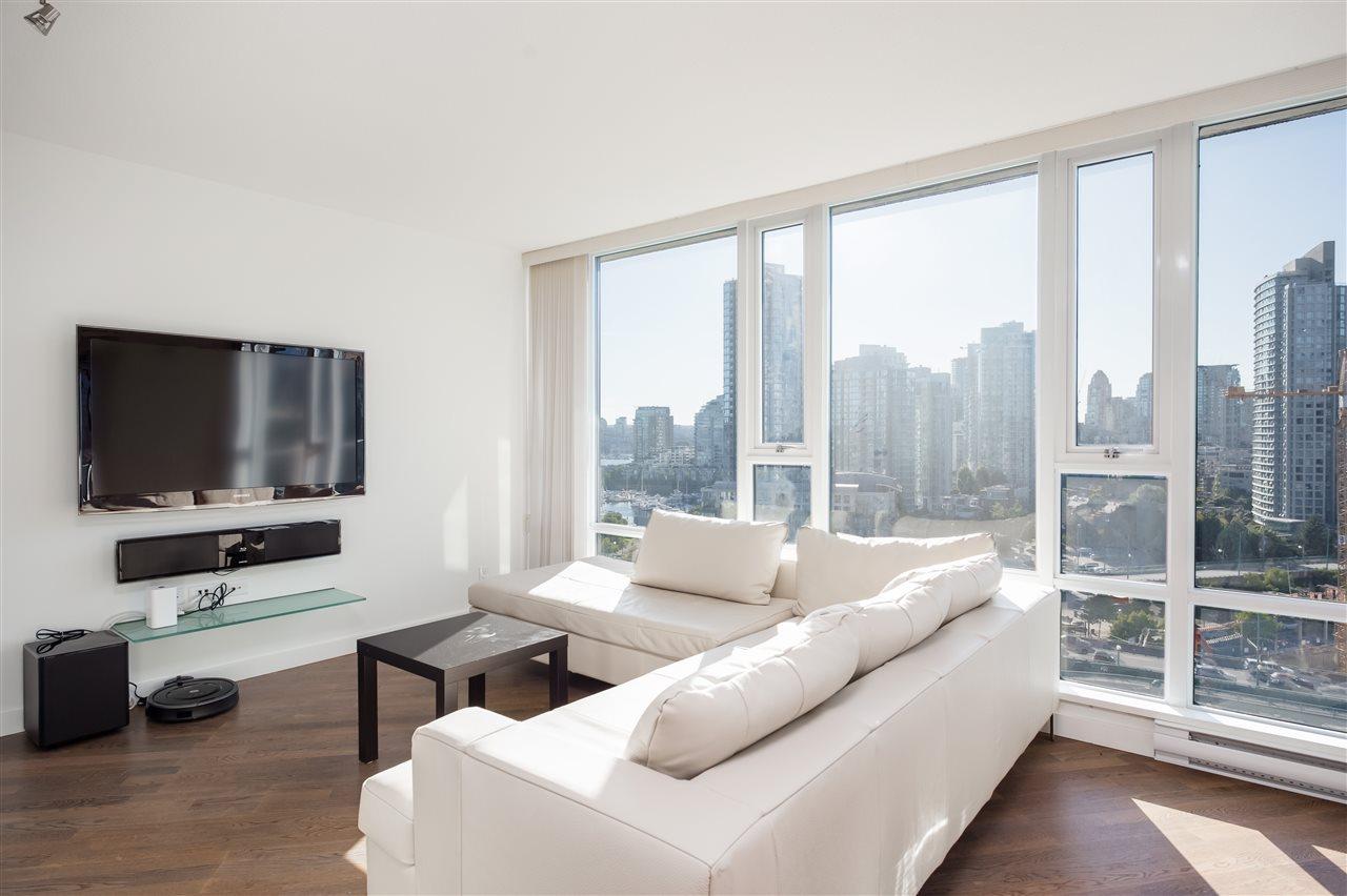 Condo Apartment at 1807 918 COOPERAGE WAY, Unit 1807, Vancouver West, British Columbia. Image 4