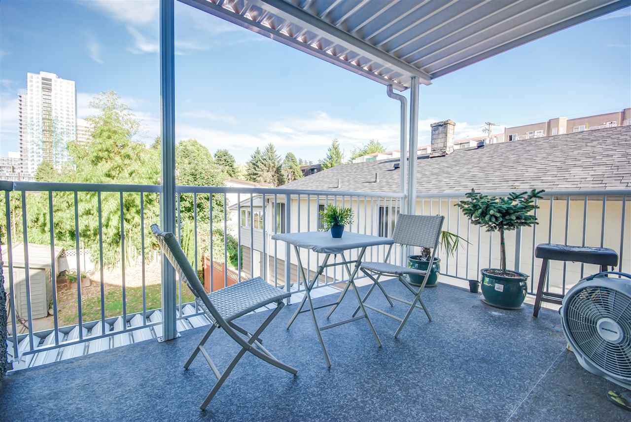Half-duplex at 9460 ARVIDA DRIVE, Richmond, British Columbia. Image 3