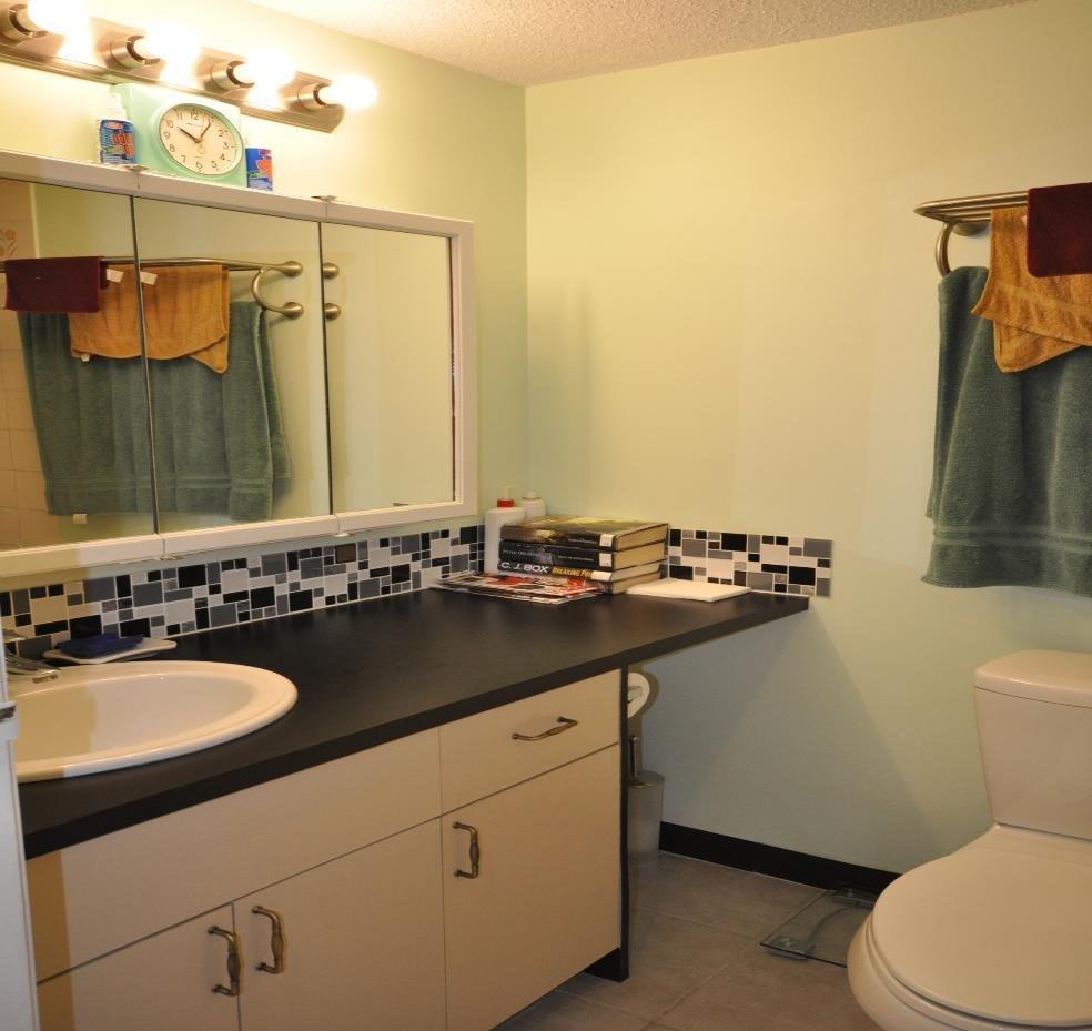 Condo Apartment at 101 215 N TEMPLETON DRIVE, Unit 101, Vancouver East, British Columbia. Image 9