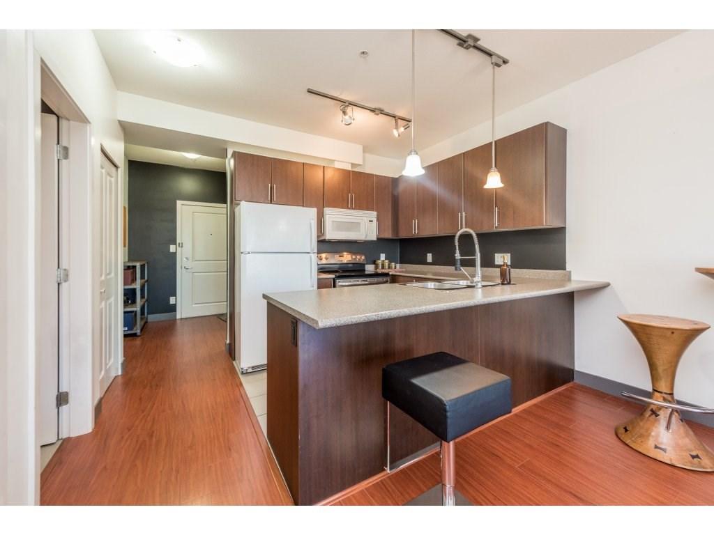 Condo Apartment at 206 688 E 17TH AVENUE, Unit 206, Vancouver East, British Columbia. Image 2