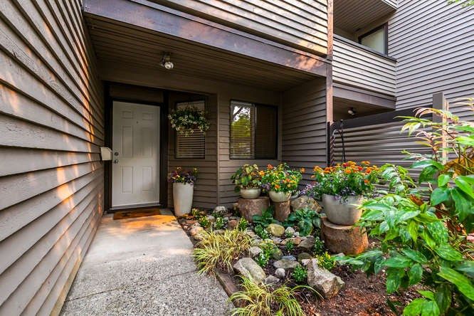 Townhouse at 8563 FLOWERING PLACE, Burnaby North, British Columbia. Image 2