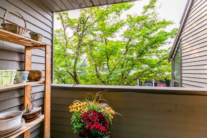 Townhouse at 8563 FLOWERING PLACE, Burnaby North, British Columbia. Image 8