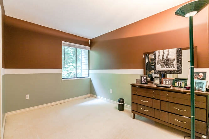 Townhouse at 8563 FLOWERING PLACE, Burnaby North, British Columbia. Image 11
