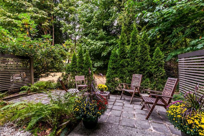 Townhouse at 8563 FLOWERING PLACE, Burnaby North, British Columbia. Image 18