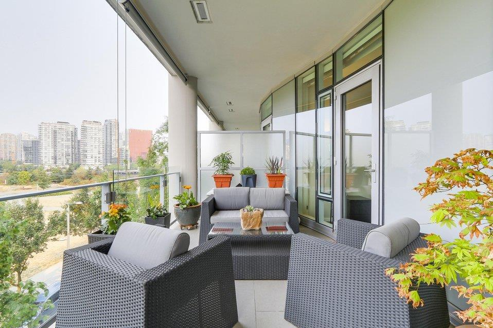 Condo Apartment at 404 1616 COLUMBIA STREET, Unit 404, Vancouver West, British Columbia. Image 3