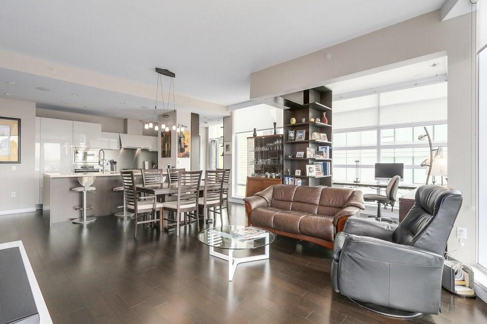 Condo Apartment at 404 1616 COLUMBIA STREET, Unit 404, Vancouver West, British Columbia. Image 9