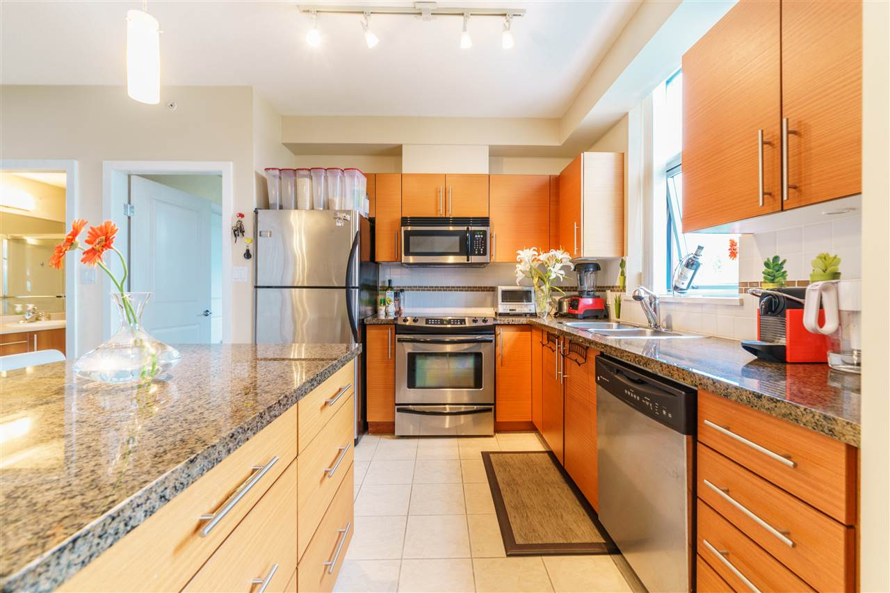 Townhouse at 306 2225 HOLDOM AVENUE, Unit 306, Burnaby North, British Columbia. Image 11