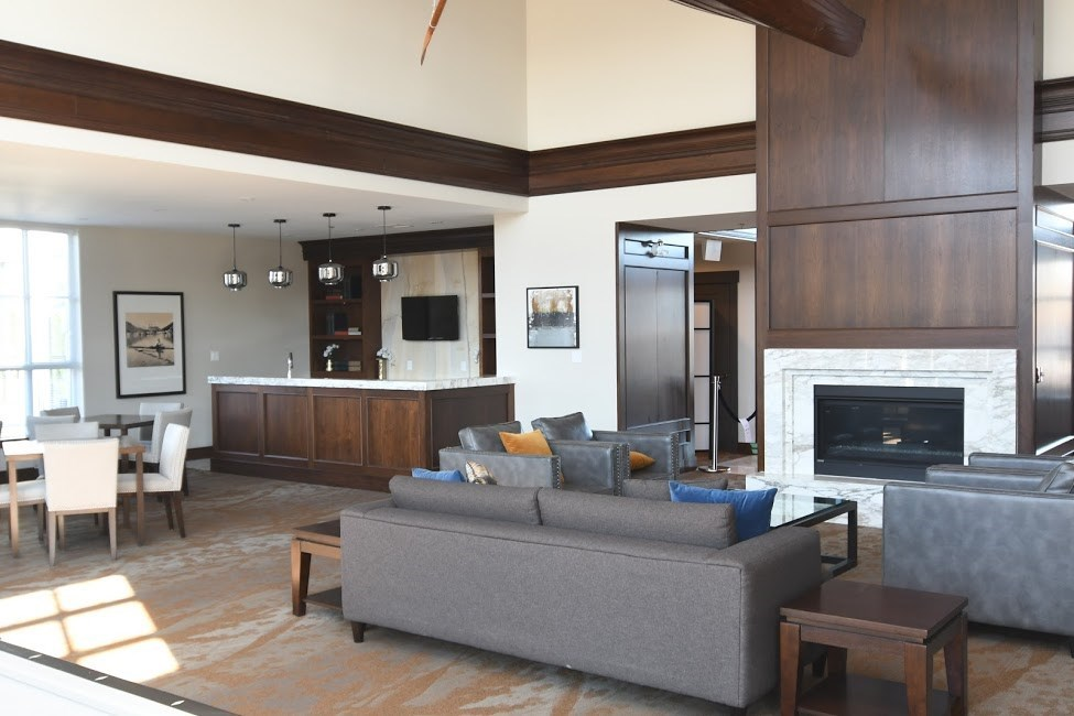 Condo Apartment at 221 15168 33 AVENUE, Unit 221, South Surrey White Rock, British Columbia. Image 5