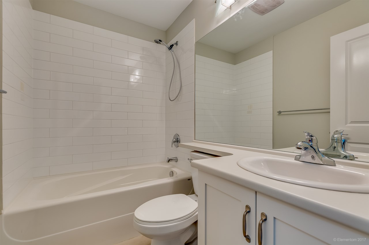 Townhouse at 9 16228 16 AVENUE, Unit 9, South Surrey White Rock, British Columbia. Image 7