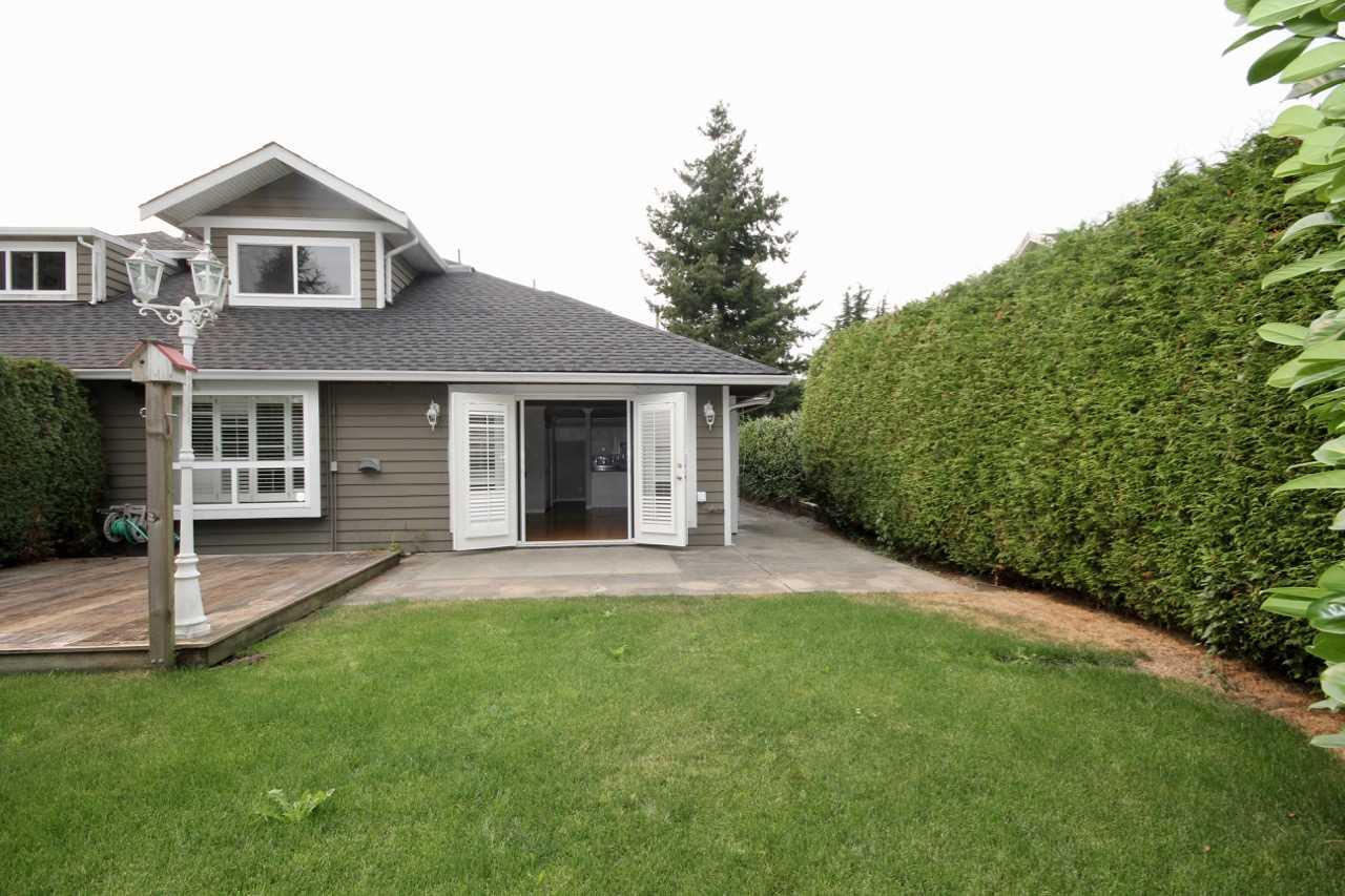 Half-duplex at 380 55A STREET, Tsawwassen, British Columbia. Image 18