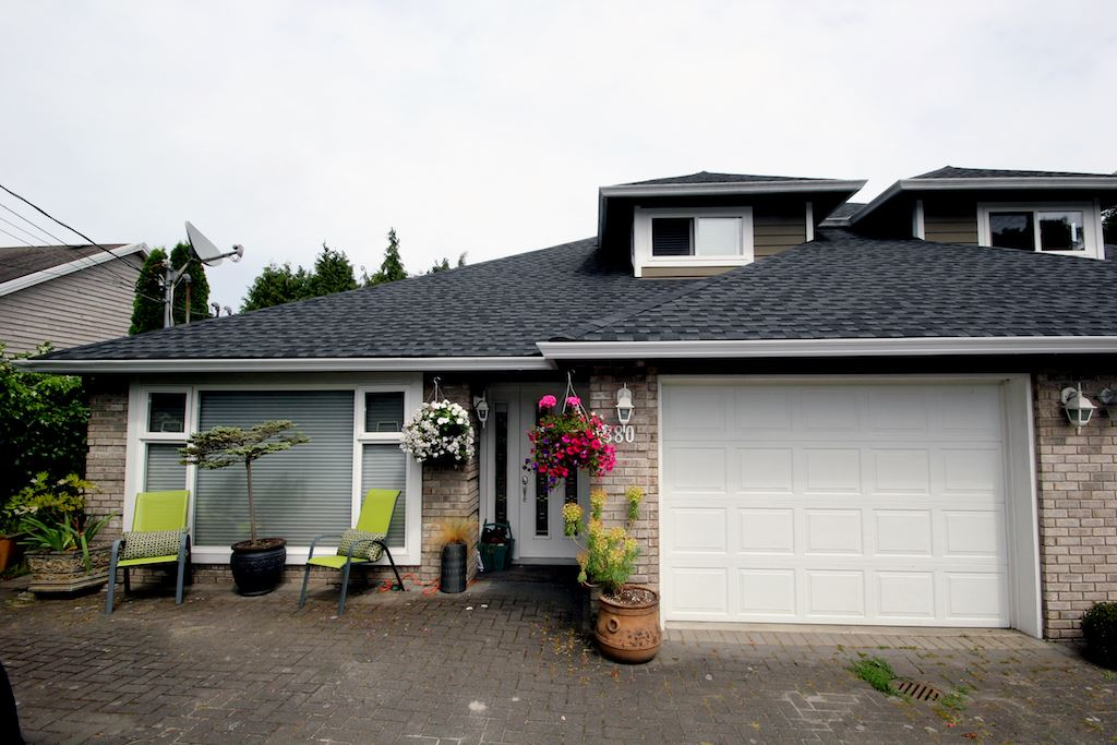Half-duplex at 380 55A STREET, Tsawwassen, British Columbia. Image 20