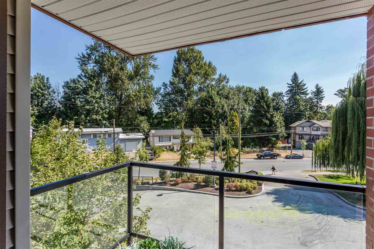 Condo Apartment at 306 2233 MCKENZIE ROAD, Unit 306, Abbotsford, British Columbia. Image 14