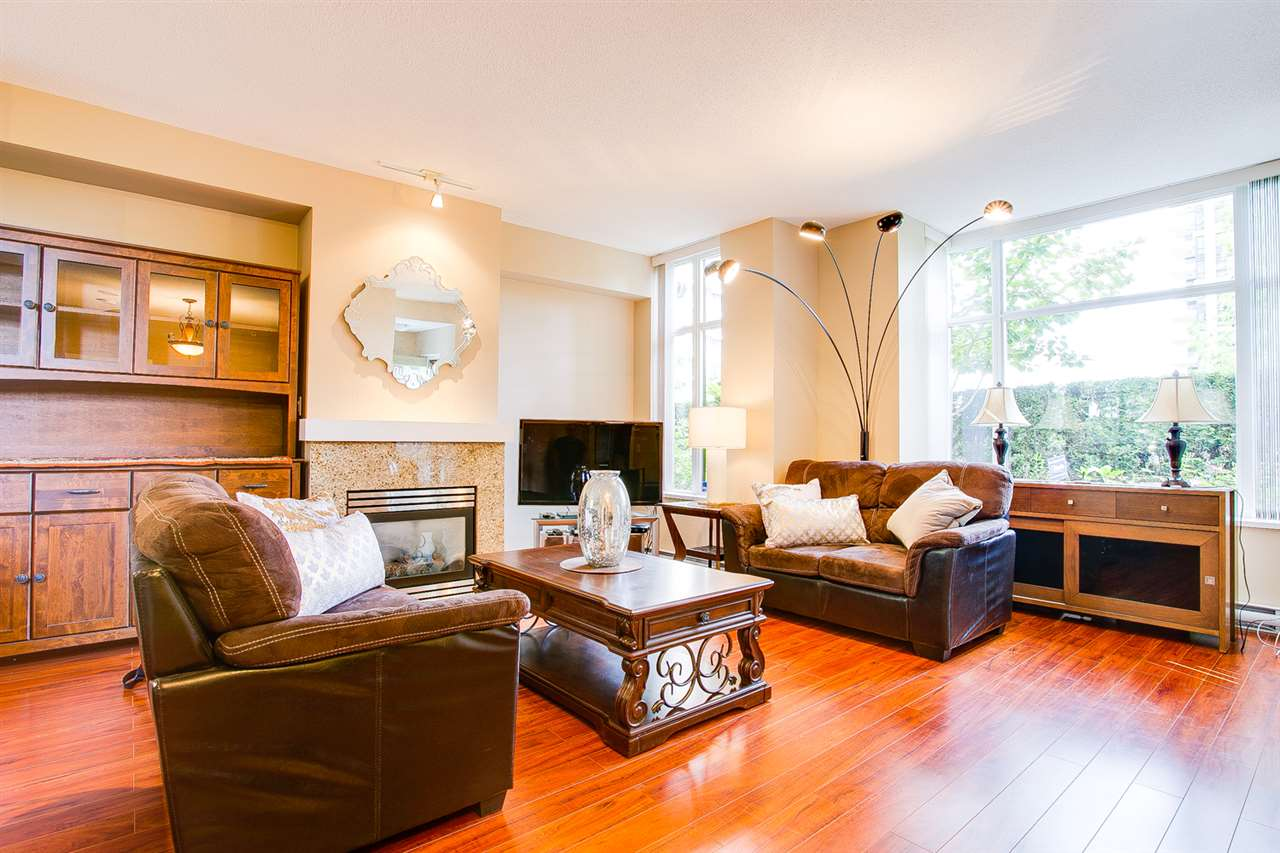 Townhouse at TH5 2088 MADISON AVENUE, Unit TH5, Burnaby North, British Columbia. Image 3
