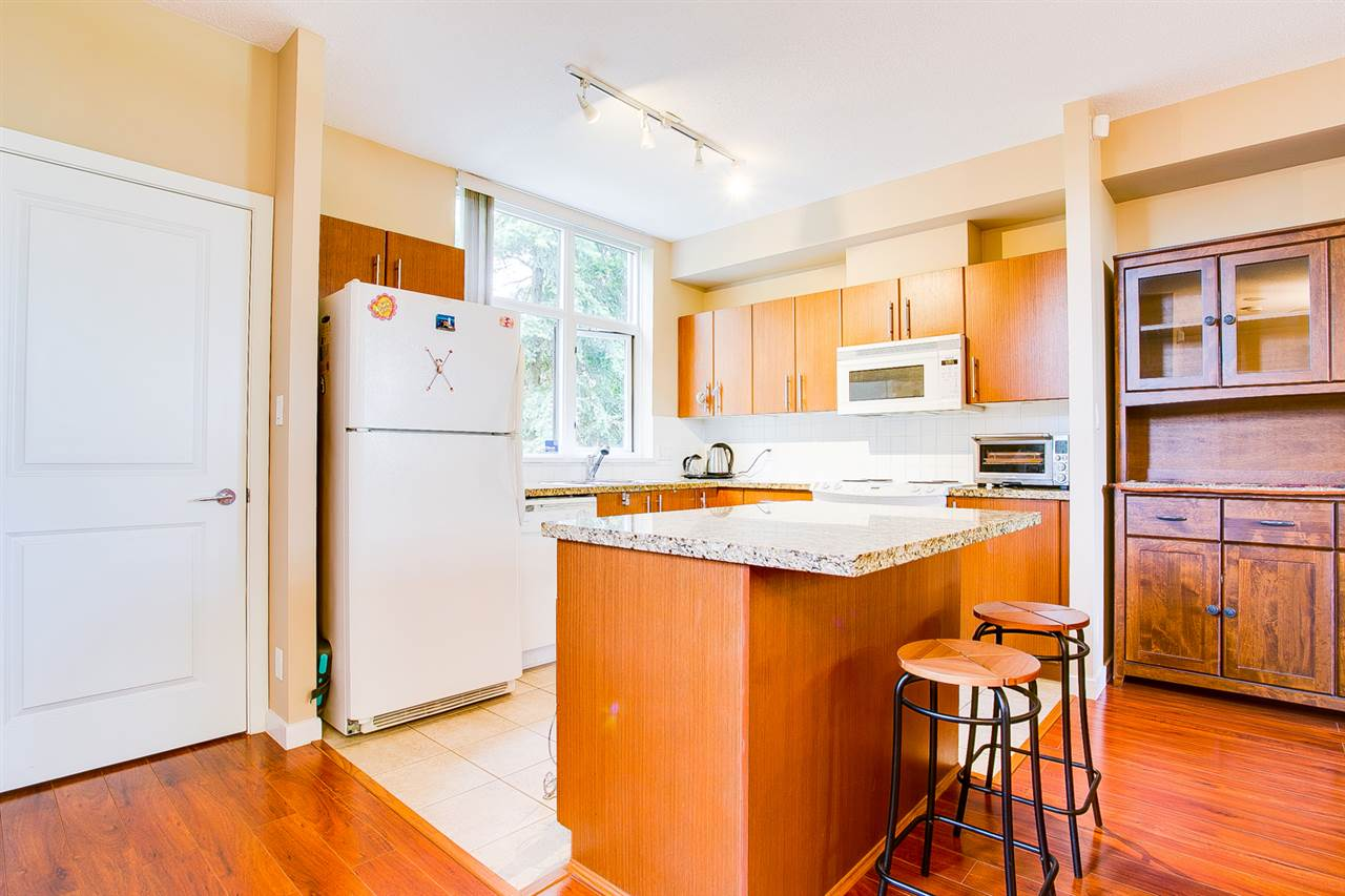 Townhouse at TH5 2088 MADISON AVENUE, Unit TH5, Burnaby North, British Columbia. Image 5