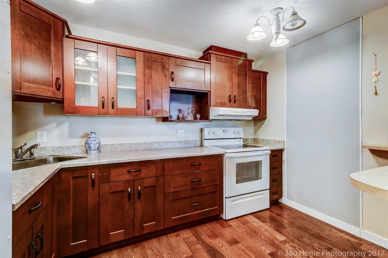 Condo Apartment at 2304 6540 BURLINGTON AVENUE, Unit 2304, Burnaby South, British Columbia. Image 2