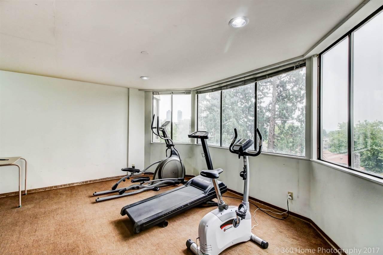 Condo Apartment at 2304 6540 BURLINGTON AVENUE, Unit 2304, Burnaby South, British Columbia. Image 12