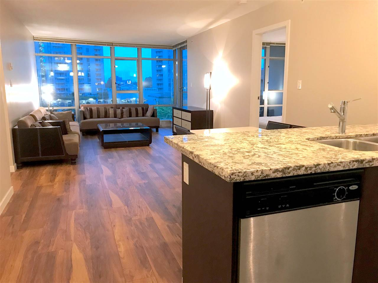 Condo Apartment at 706 7888 SABA ROAD, Unit 706, Richmond, British Columbia. Image 2